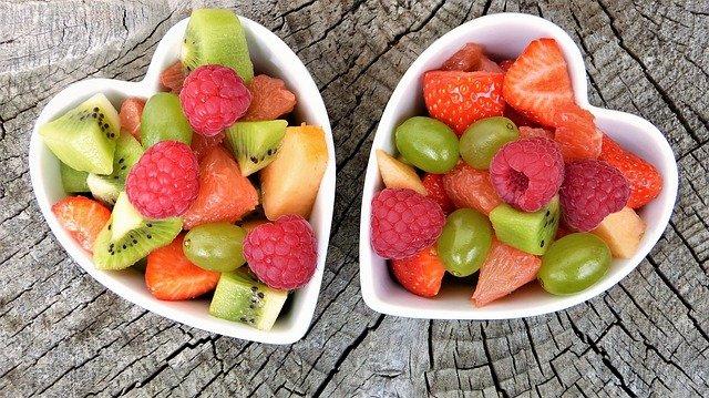 איך לעצב מגש פירות בעצמכם